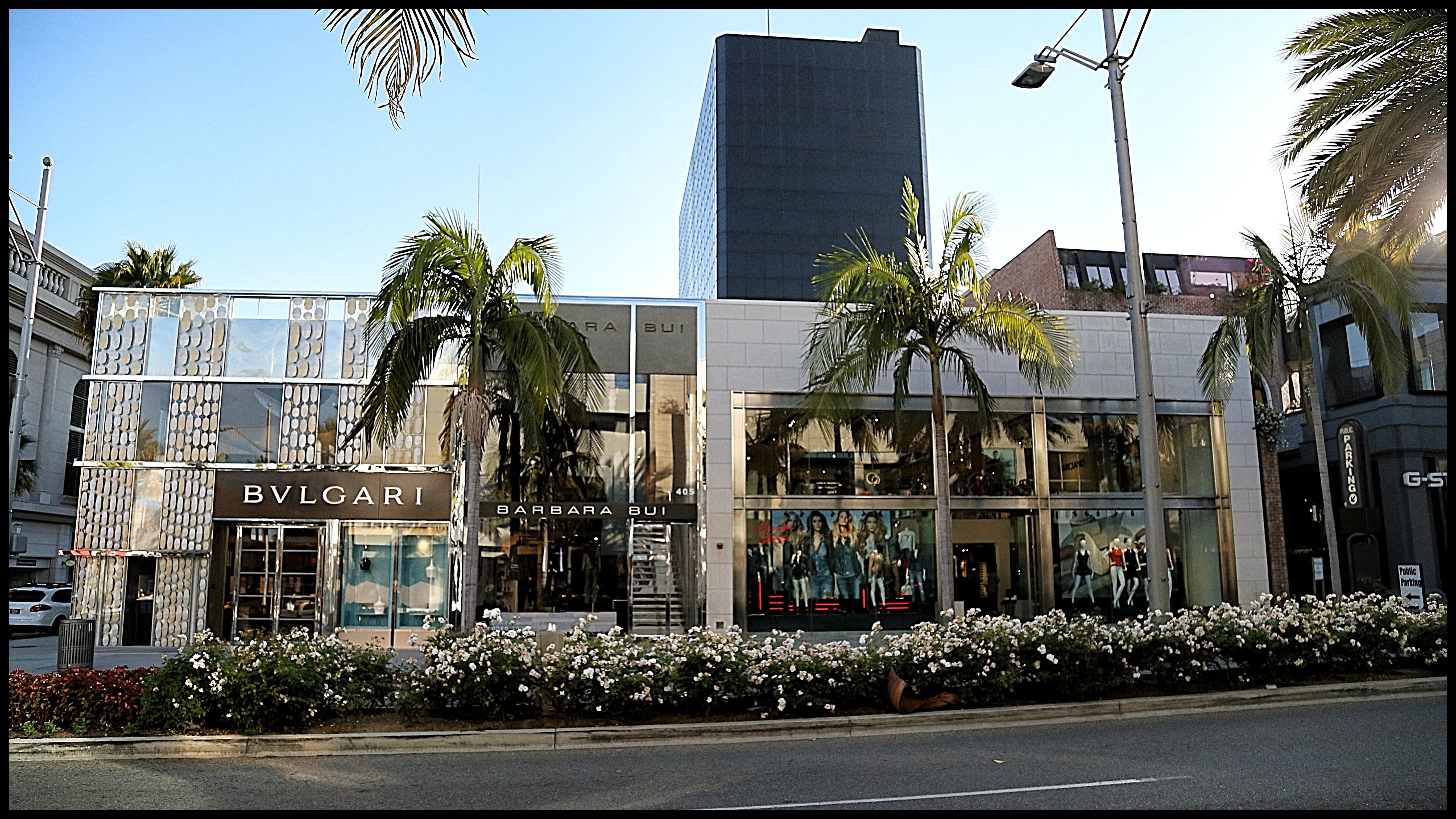 e8852c122f2 Rodeo Drive. La calle de tiendas más exclusiva del mundo .