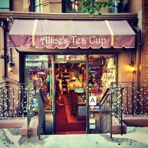 cafetería Alicia en el País de las Maravillas NY